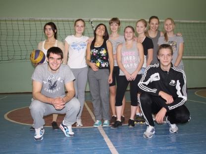 """Пресс-служба ХК  """"Трактор """" Челябинск.  13 ноября игроки молодежной команды провели уроки физкультуры у..."""